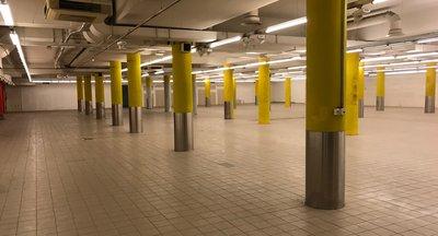 Pronájem obchodního prostoru - až 3 500 m2 výborná lokalita Pankrác Praha 4