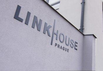 Link House, Na Maninách, Praha 7 - Holešovice
