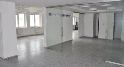 Pronájem kanceláří s industriálními rysy - Holešovice - až 2238m²