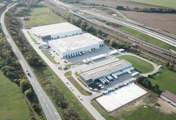 Prenájom skladová alebo výrobná hala- Žilina/Warehouse or production hall for lease in Žilina