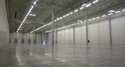Prenájom moderné skladové a výrobné haly Žiline/ Warehouse and production halls for rent in Žilina