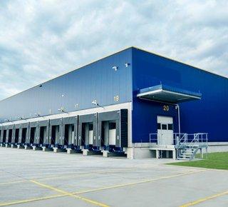 Prenájom skladu so službami, uskladnenie paliet, Lozorno / Lease of a warehouse with services, storage of pallets, Lozorno