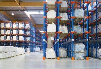 Prenájom skladu so službami - uskladnenie paliet- Bratislava Rača / Warehouse with services for lease - storage of pallets- Bratislava Rača