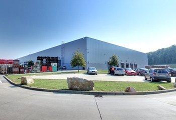 Prenájom skladu so službami- Senec / Warehouse with logistic services for lease - Senec