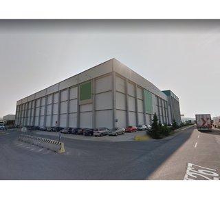 Prenájom skladu so službami, uskladnenie paliet Madunice / Warehouse with services for lease, storage of pallets Madunice