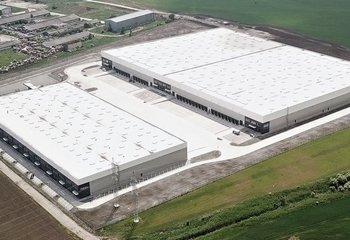 Výrobné a skladové haly na prenájom v Seredi/ Production and warehouse halls for rent in Sereď