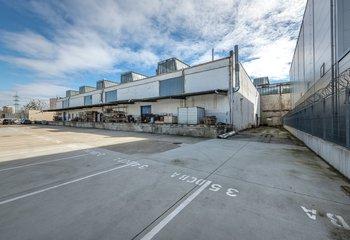 Skladové priestory na krátkodobý prenájom v Petržalke/ Warehouse hall for short- term lease in Bratislava