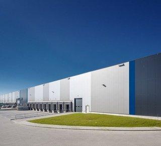Výrobná alebo logistická hala na prenájom vo Zvolene/ Production or logistic hall for lease in Zvolen