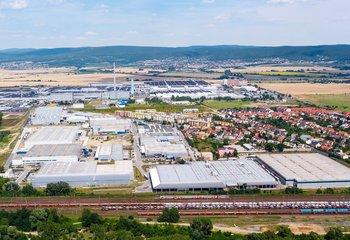 Prenájom výrobnej a skladovej haly- Bratislava / Warehouse and production hall for rent in Bratislava