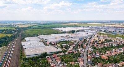 Skladové/výrobné haly na prenájom v Bratislave.