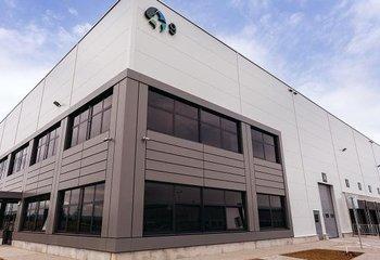 Skladové alebo výrobné haly na prenájom v Senci/ Warehouses or production halls for rent in Senec