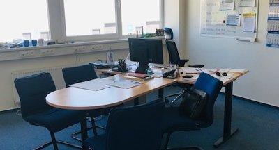 Pronájem, Kanceláře, 224 m² - Praha - Horní Počernice