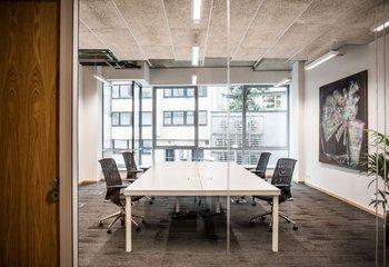 Serviced offices for rent - Prague Uprising - 11m2 - 1500m2