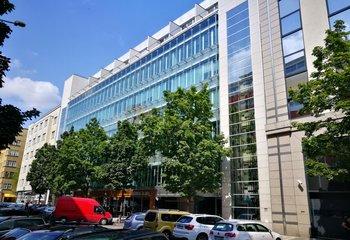 Business unit - 50 m2 - Prague 8 - Karlín