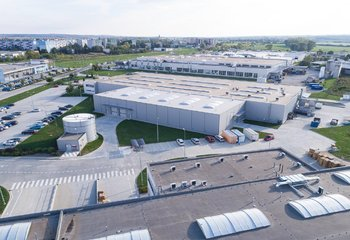 Skladové a výrobné haly na prenájom blízko Nitry/Warehouse and production halls for lease close to Nitra