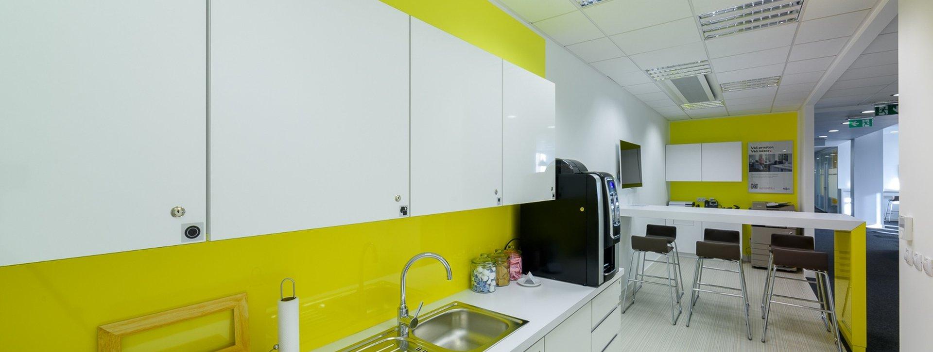 RIVER GARDEN_kitchen