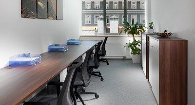 Reprezentativní vybavené kanceláře v centru Prahy - Bredovský dvůr