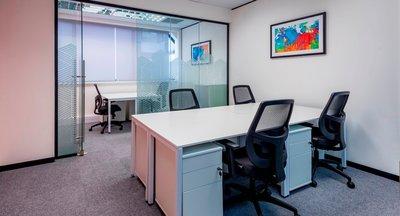 Ultramoderní vybavené kanceláře k pronájmu - Smíchov
