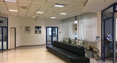 Obchodni prostory k pronájmu - výborná lokalita Praha 4 - Chodov - 385 m2