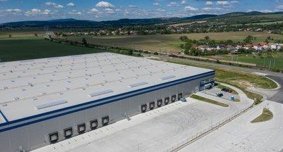 Moderné skladové a výrobné haly na prenájom v Trenčíne/Modern warehouse and production halls for rent in Trencin