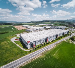 Prenájom skladovej a výrobnej haly v Novom Meste nad Váhom/ Warehouse and production hall for rent in Nove Mesto nad Vahom