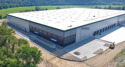 Prenájom skladovej a výrobnej haly v Žiari nad Hronom/ Warehouse and production hall for rent in Žiar nad Hronom