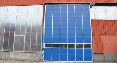 Pronájem výrobních nebo skladovacích prostor - Benešov u Prahy - 4.000 m²