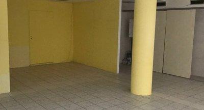 Pronájem, Obchodní prostory Agora Flora, 65,5m²