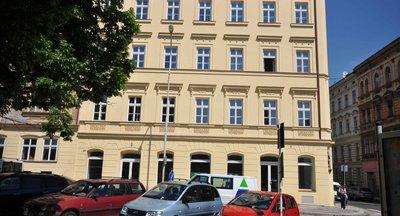 Representativní obchodní prostory - Praha - Smíchov - 100 m2