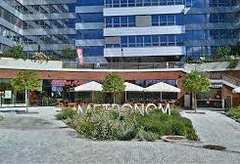 Výborně umístěný obchodní prostor 110 m² - Praha 5 - u metra Nové Butovice