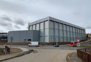 Moderní mrazírenský sklad s výbornou dostupností z dálnice D1. K dispozici až 3.500 paletových míst.
