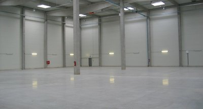Lease of warehouse or production space - 2,750 m2 - Rudná