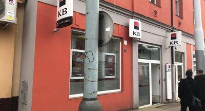 Výborně umístěné obchodní prostory - Praha 8 - Kobylisy - 128 m2