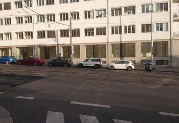 Unique retail space for rent - 170 m2 - Nusle
