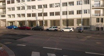 Pronájem jedinečných obchodních prostor 100 - 170 m² - Nusle