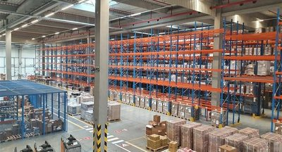Profesionální logistická firma nabízí své služby nedaleko D1 - Pohořelice u Brna.