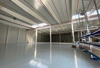 Pronájem skladového prostoru - 2.500 m² - Praha - Horní Počernice