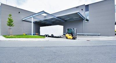 Pronájem skladové a výrobní haly - 2.168 m² - Borská Pole