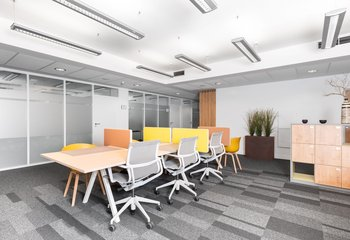 Lease of serviced offices in the center of Bratislava / Serviced offices for rent in the center of Bratislava
