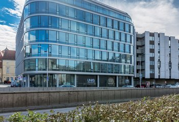 Co-working offices for rent in the center of Bratislava / Co-working office space in the center of Bratislava