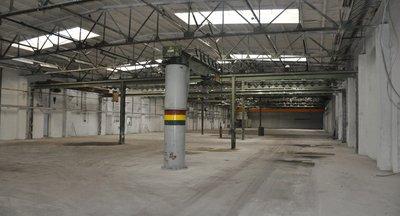 Skladové a výrobní prostory - 3.800 m² - Čelákovice