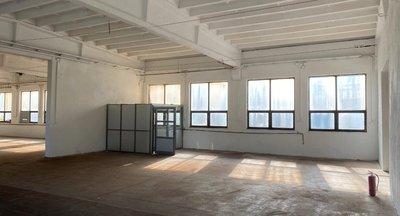 Skladové i výrobní prostory v centru města Plzeň - 850 m²