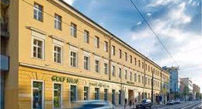 Obchodní prostory ve skvělé lokalitě - Karlín - Praha 8