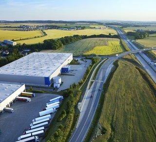 Moderne Lager- / Produktionsfläche zu vermieten - bis zu 20.000 m2 - D11