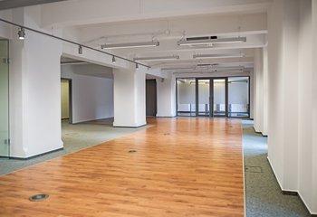 Komerční prostory - Holešovice - Praha 7 - 137 m2