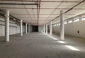 To rent commercial spaces - 1200 m2 Holešovice - Praha 7