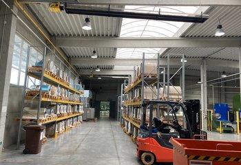Pronájem skladových a výrobních prostor - Pardubice