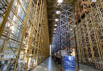 Warehouse and production space for rent - Újezdeček u Teplic - 5500 m2