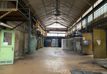 Sales of warehouse and production space - Prague - Repy