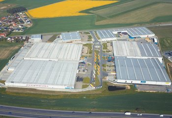Lease of a new logistics warehouse with services at a strategic location in Mladá Boleslav - Bezděčín D10 / E65.